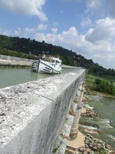 pont canal garonne bateau
